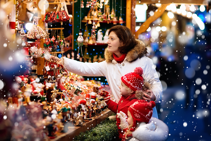 Christmas Market | Top 5 Christmas Holiday Ideas | Norad Travel